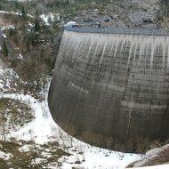 LAGO DI CADORE: i metri cubi per i consorzi irrigui calcolati ancora sulla diga del Vajont
